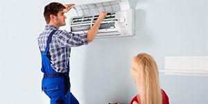 Técnicos de aire acondicionado